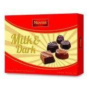 Milk and Dark Chocolate Hộp 110 g Dark and White Chocolate Hộp 110 g